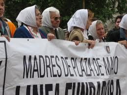 madri di Plaza de Mayo