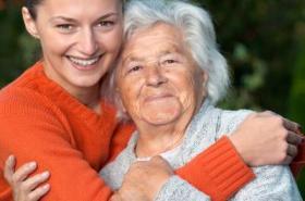 anziana felice