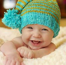 bimbo sorridente